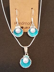 Imitation-pearl-in-a-turquoise-shell-stirling-silver-necklace-and-earring-set