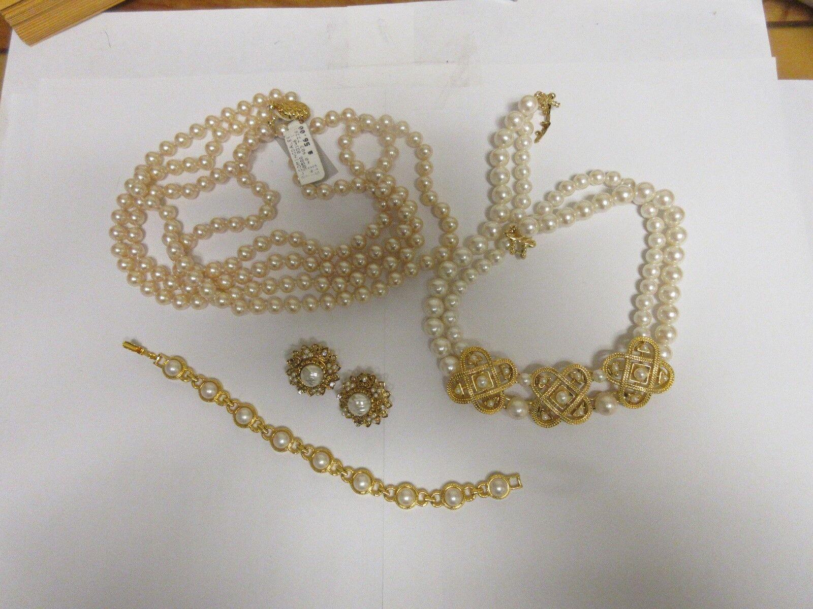 Costume Jewelry , Vintage , Necklace (2) , Bracelet , E
