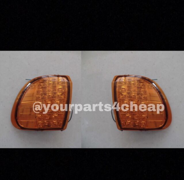 International LED Turn Signal Pair LH RH For 9200 9400 9900