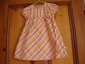 Suche Nach FlüGen Disney Classic Pooh. Coral Multi Check Cotton Summer Dress. Age 18 Months. Geeignet FüR MäNner, Frauen Und Kinder