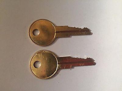 Tool Chest Code Cut A00  to A40 Toolbox Keys  Tool Box Lock Key 2 Stanley
