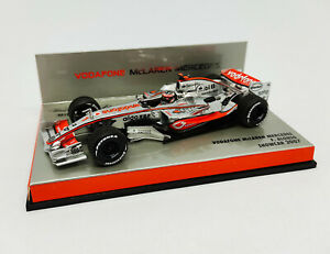 MINICHAMPS 1:43 - Vodafone McLaren Mercedes F. Alonso Showcar 2007 533074371