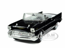 1957 CHEVROLET BEL AIR CONVERTIBLE BLACK 1:32  MODEL CAR SIGNATURE MODELS 32430
