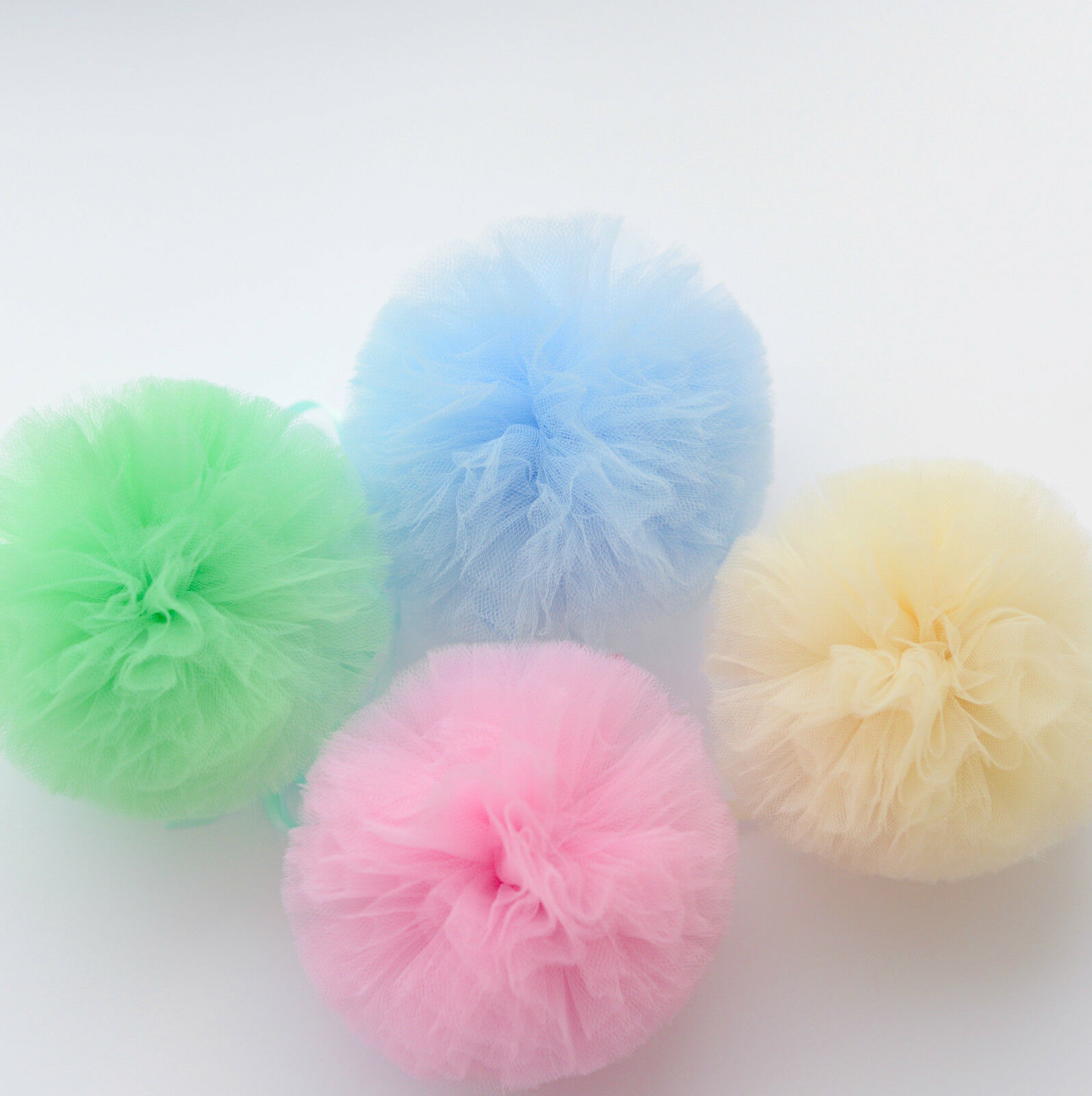 14 Tulle  pompom party set     party wedding birthday  decorations 41fca6
