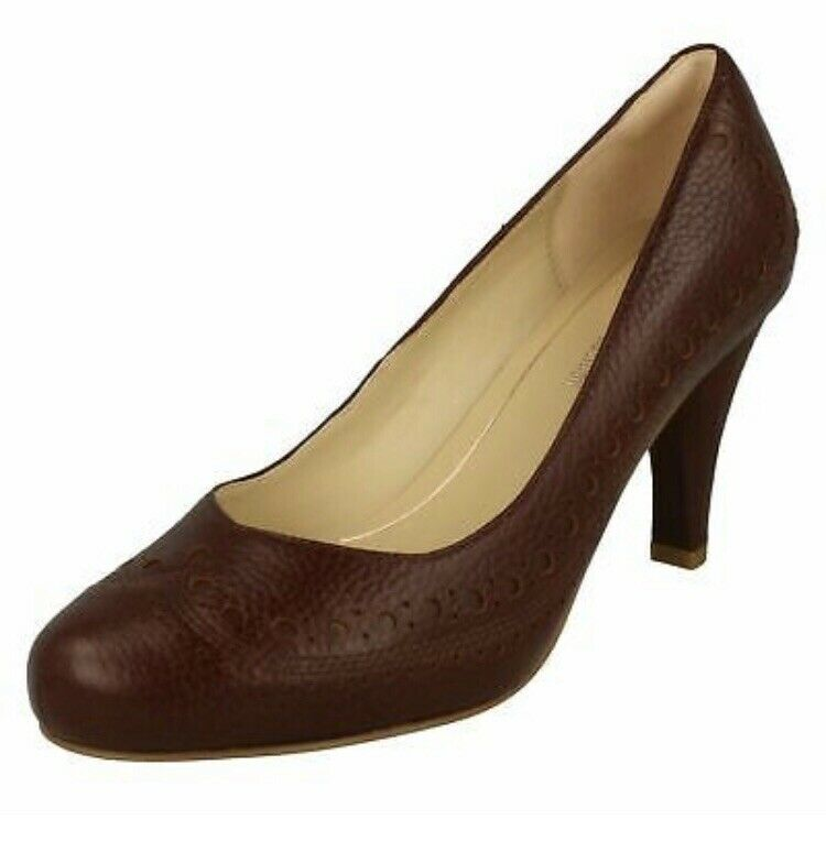 Clarks Ruby Dalia TAN Marronee IN PELLE corte donna TG e