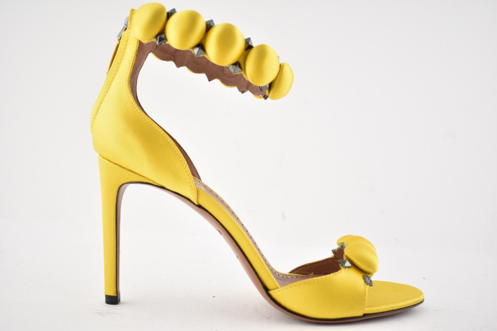 NIB Alaia Bombe 90mm Yellow Ambre Satin Studded Ankle Ankle Ankle Strap Sandal Heel Pump 38 e3a97f