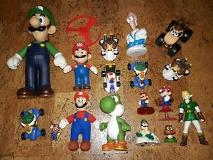 Nintendo-Characters-Figures-Lot-Zelda-Mario-Luigi-Yoshi-Donkey-Kong-Bowser-Toad
