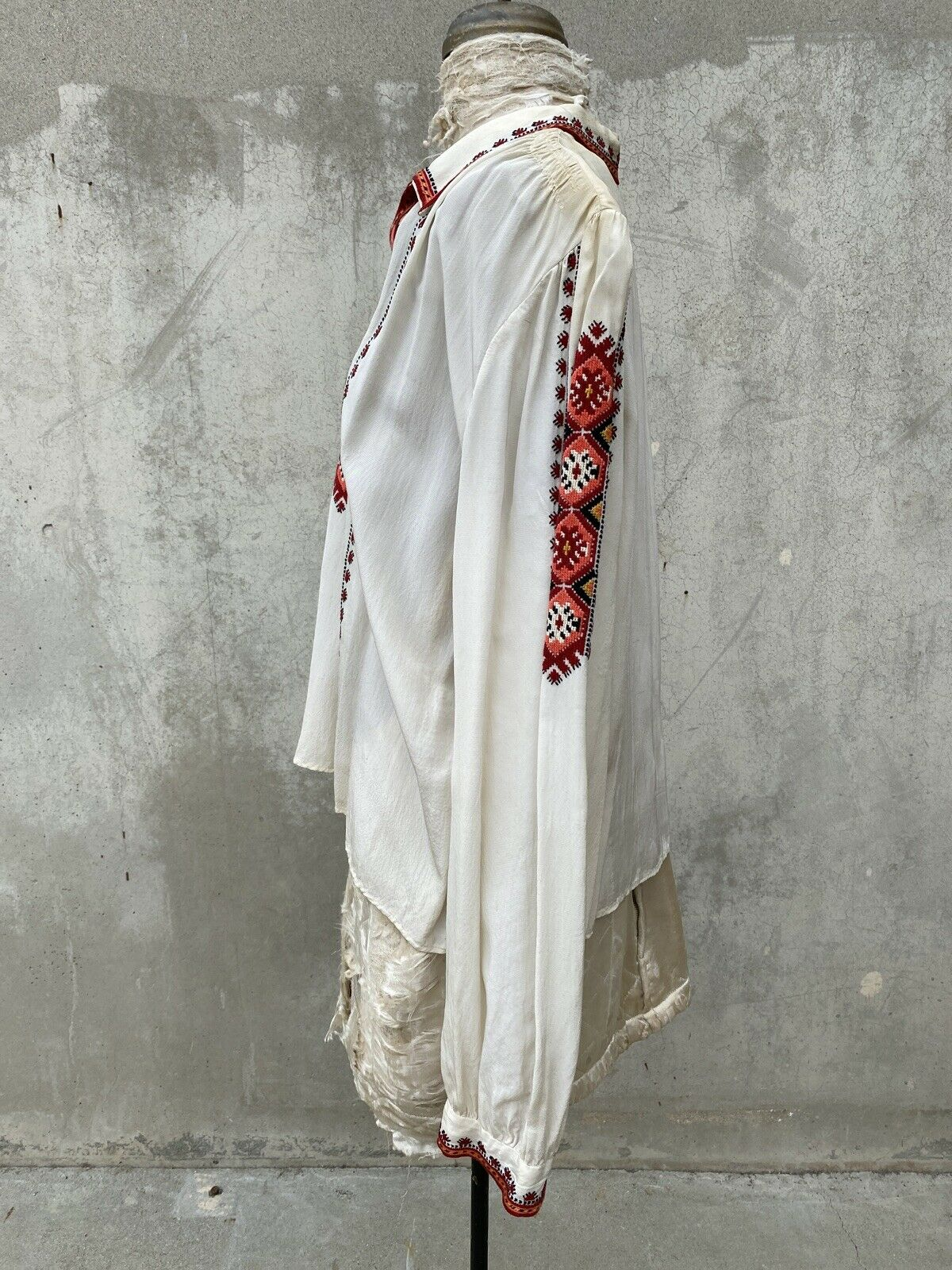 Antique 1930s White Silk Peasant Blouse Red Wool … - image 5