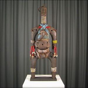 80089-Afrikanische-Namchi-Figur-Kamerun-Afrika-KUNST