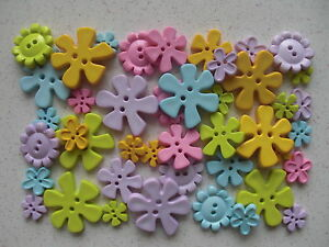 Flower-shaped-buttons-pastel-50grams-mixed-sizes-and-colours
