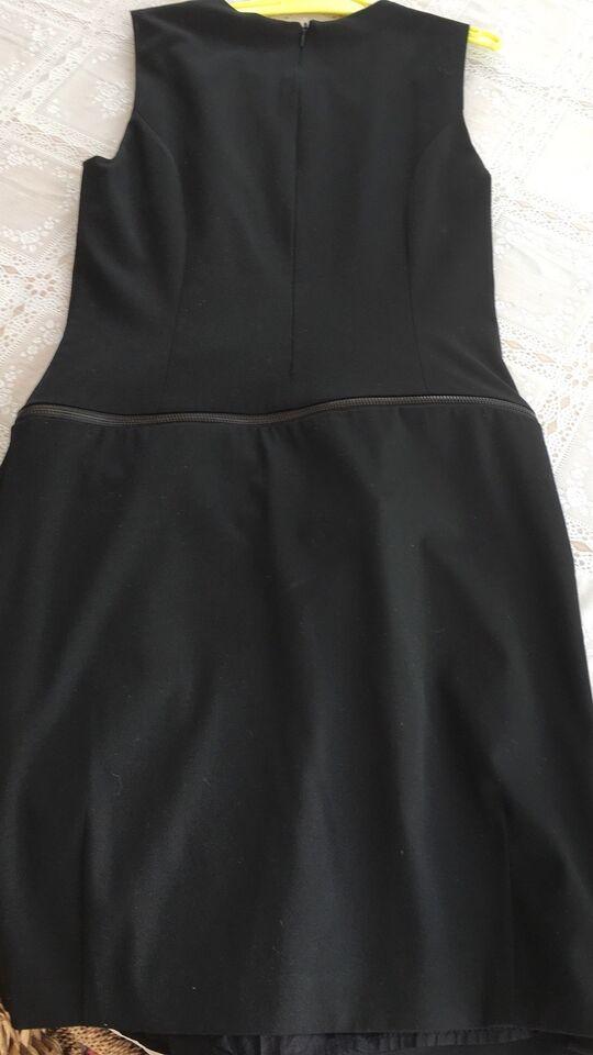 Anden kjole, Vero moda, str. XS