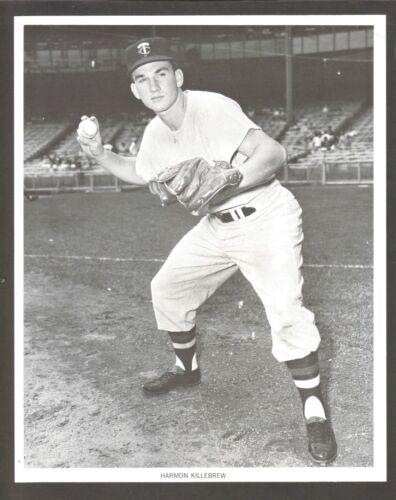 1961 HARMON KILLEBREW MINNESOTA TWINS MANNY/'S BASEBALL LAND 8x10 B/&W PHOTO
