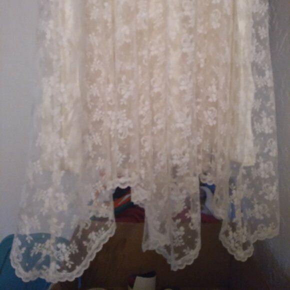 Vintage Gunne Sax White Lace Prairie Dress - image 10