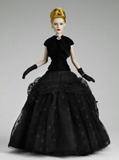 Noir #99 By Robert Tonner ~ Limited Edition Fashion Doll!!!