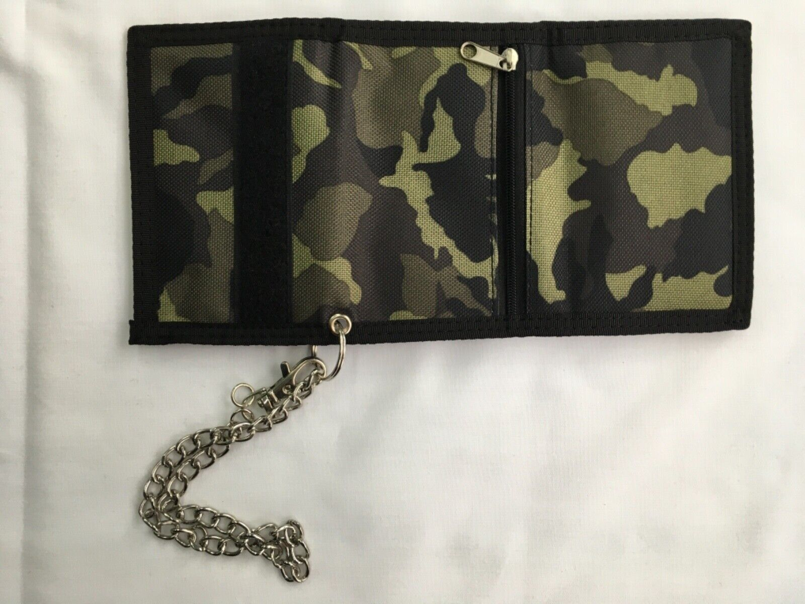 Men's Lorenz Camouflage Printed Nylon Trifold Wallet With Chain BRAND NEW