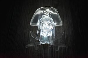 Disney-Parks-Disneyland-Pirates-of-the-Caribbean-Light-Up-Clip-Skull-Glow-Cube
