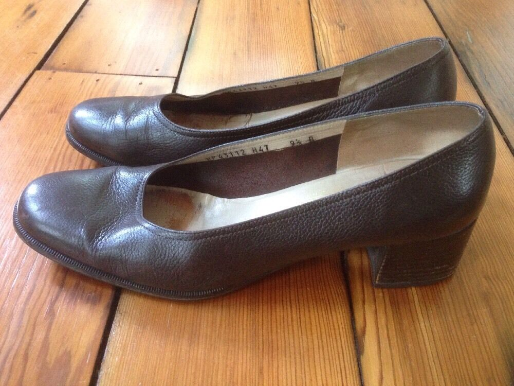 Salvatore Ferragamo Brown Leather Womens Dress shoes Loafers Heels 9.5B 40