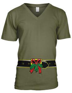 Belt Mistletoe Buckle Flirty Kiss Christmas Under Merry Juniors V-Neck T-Shirt