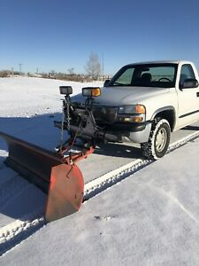 2000 GMC Short box Meyer snow Plow