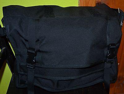 Mission Workshop Monty Weatherproof Messenger Bag Black