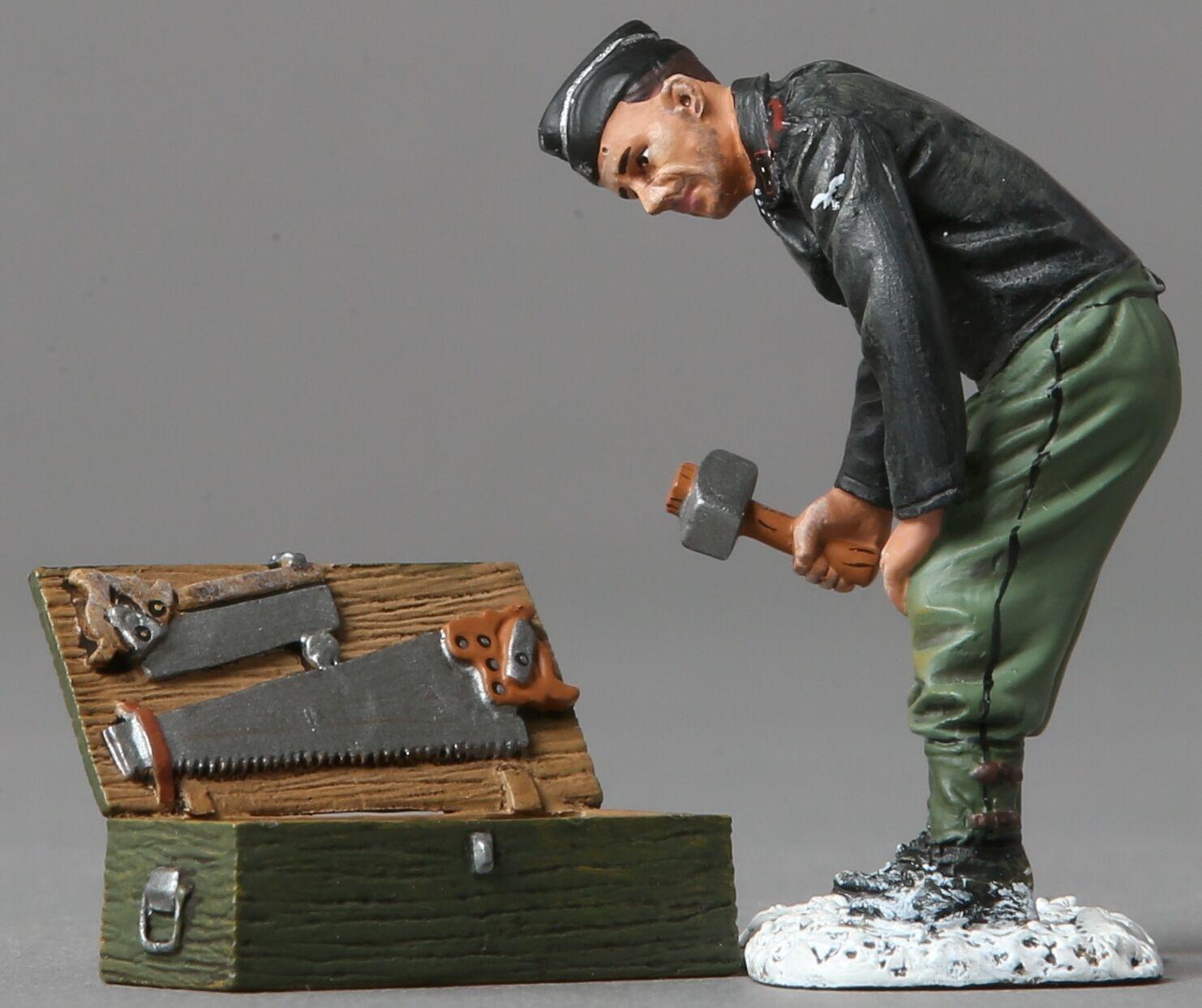 THOMAS GUNN WW2 GERMAN SS048B TANKER WITH TOOL CHEST WINTER VERSION MIB