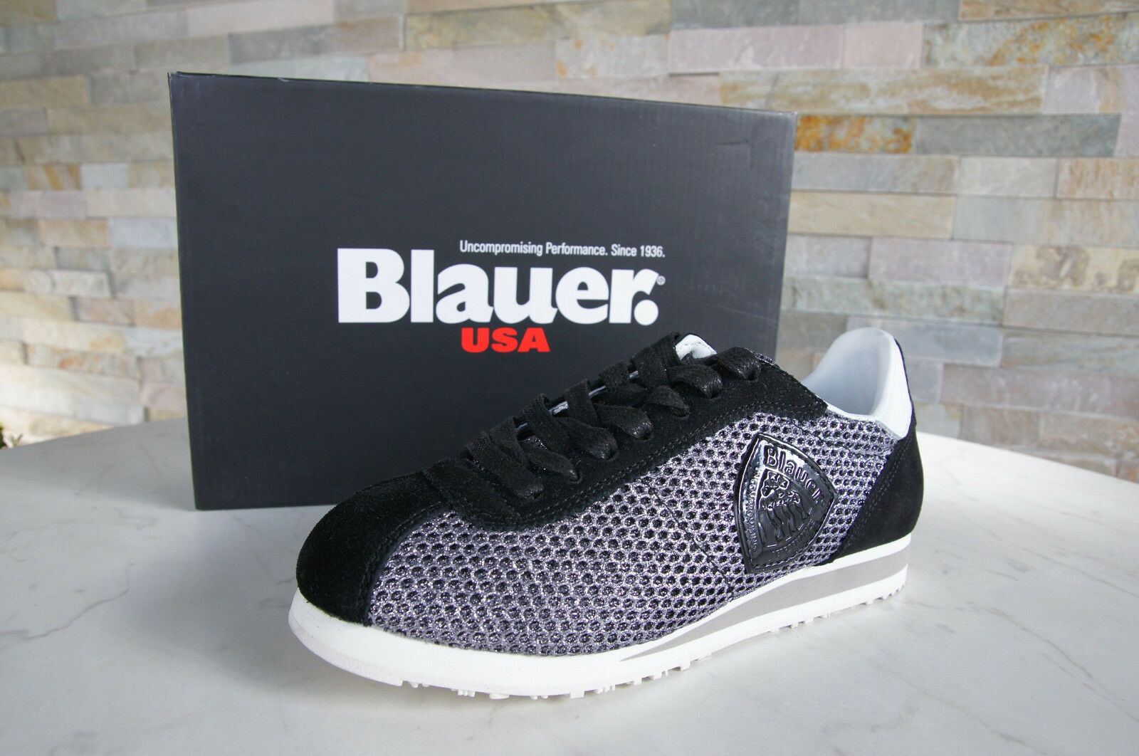 blueer USA Sz. 40 Sneakers Lace up shoes Bowling Black New Previously