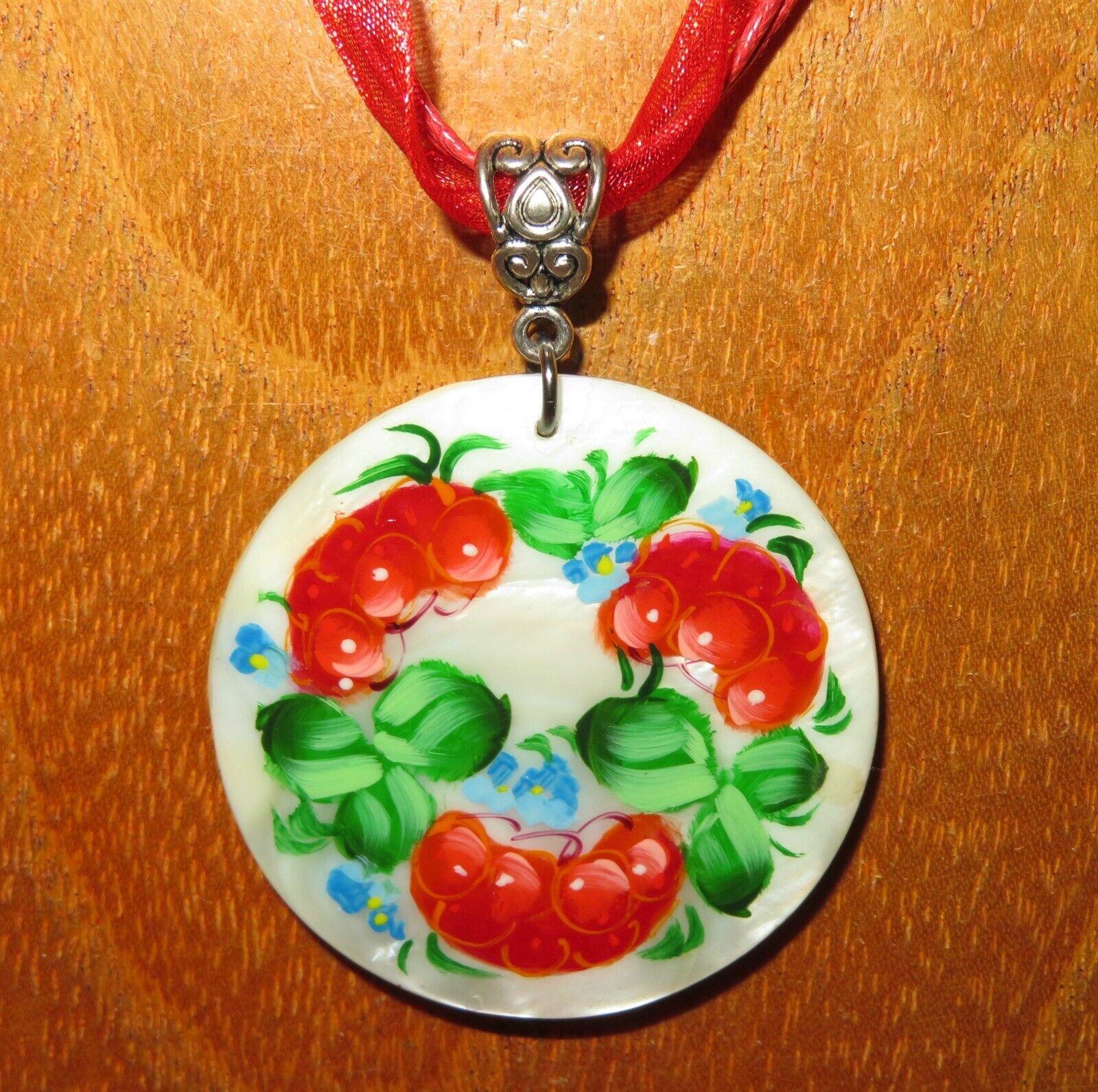 Colgante Zhostovo red Bayas Flores bluees Original Pintado a Mano Concha
