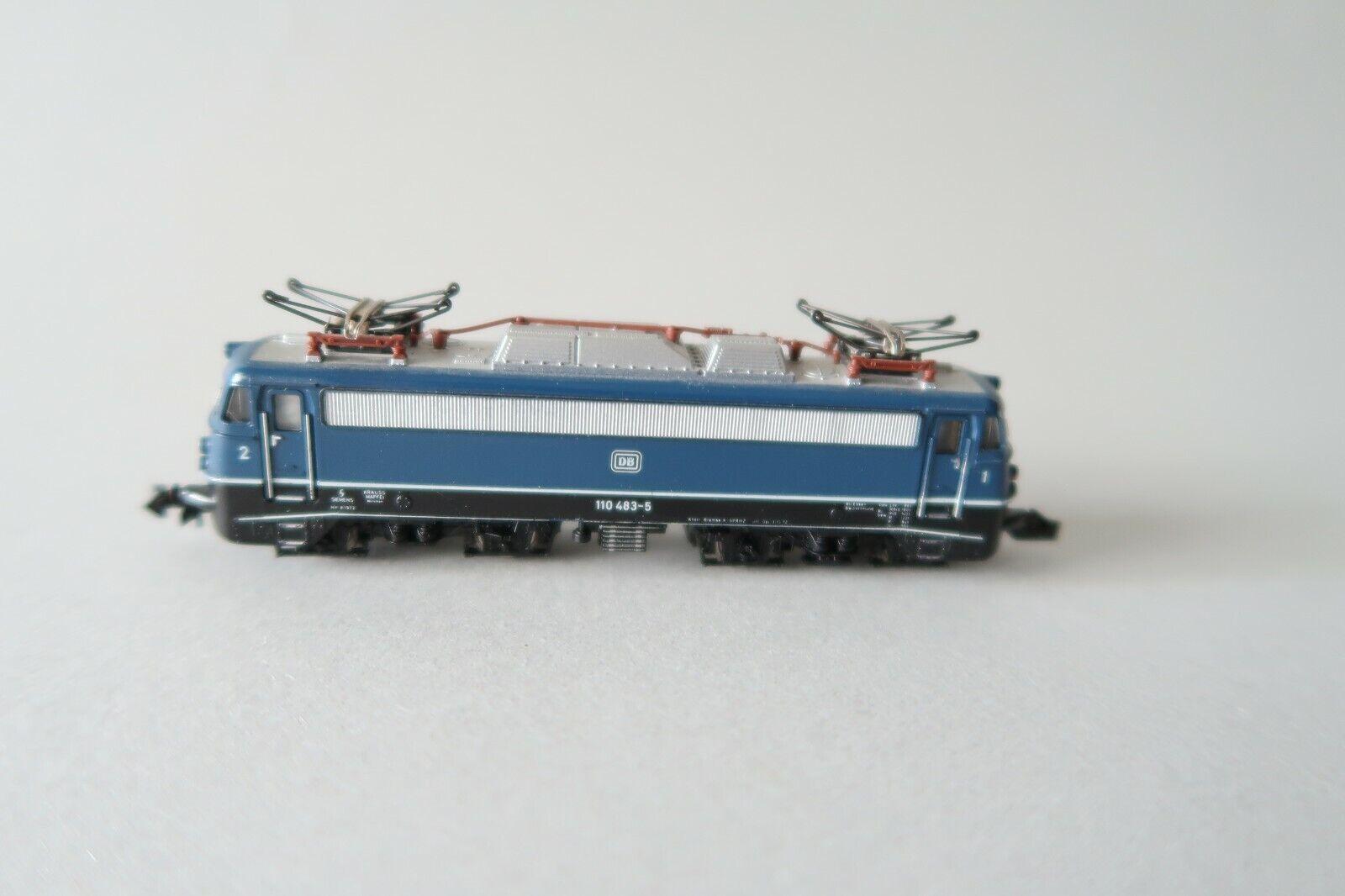 essere molto richiesto Minitrix N 2054 E-Lok BR 110 483-5 DB DB DB  piega stiratura  (dv029-41s4 2)  100% nuovo di zecca con qualità originale