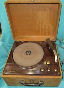 Sturdy Vintage Silvertone 3 Speed Portable Tube Record ...