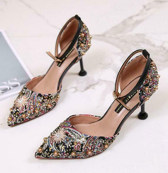 New donna Pointy Toe Rhinestone Buckle Rivet Stilettos High Heel Sandals scarpe
