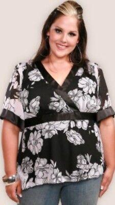 EUC Torrid Boho Pinup B&W Floral Chiffon Kimono Style Banded Waist Blouse 1x