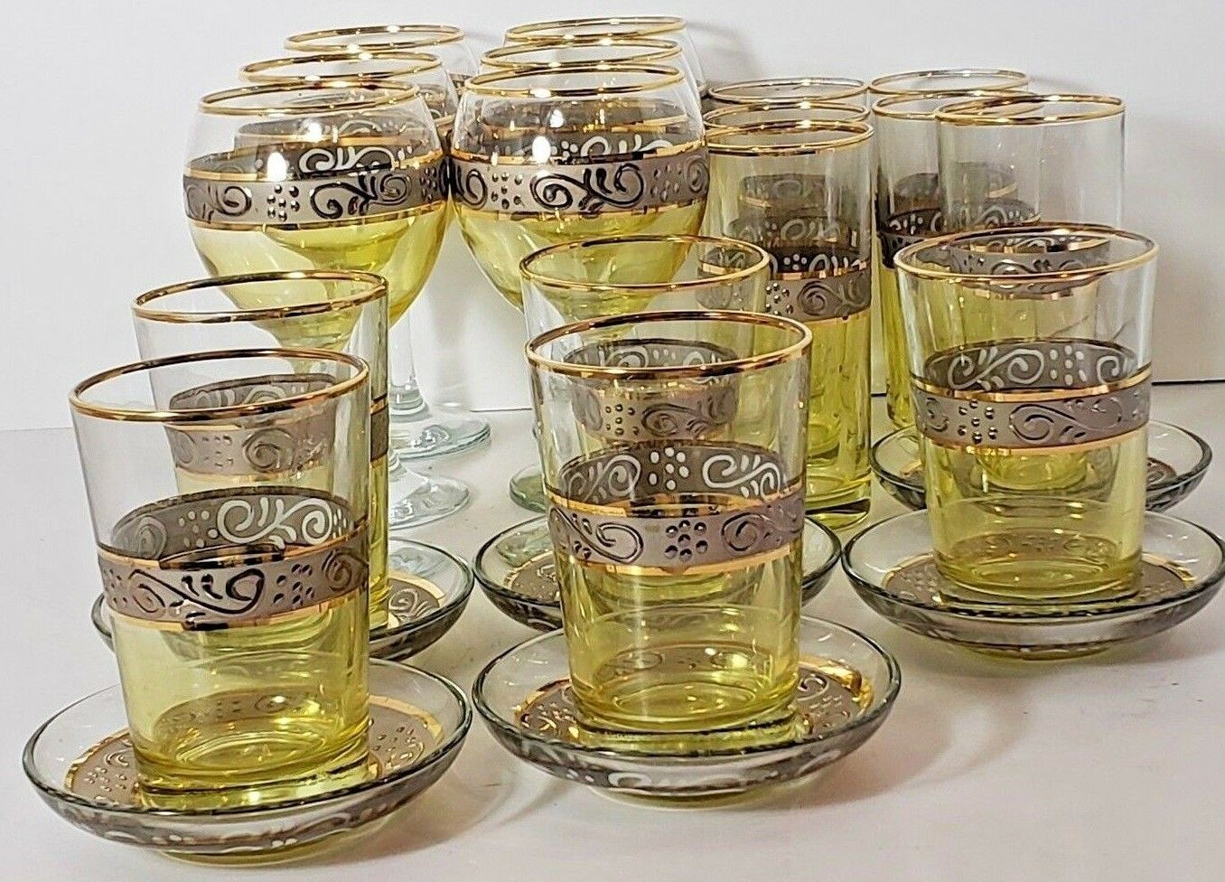 Set de 23 verre avec accents dorés turc ARABE MAROC Thé Tasses de Café