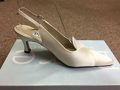 Señoras para mujer marfil satinado Boda nupcial Dama Zapato todos los tamaños Estilo Joel