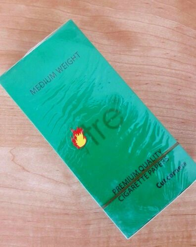 Tre RYO Regular size Rolling Papers of 25 Booklets 70mm