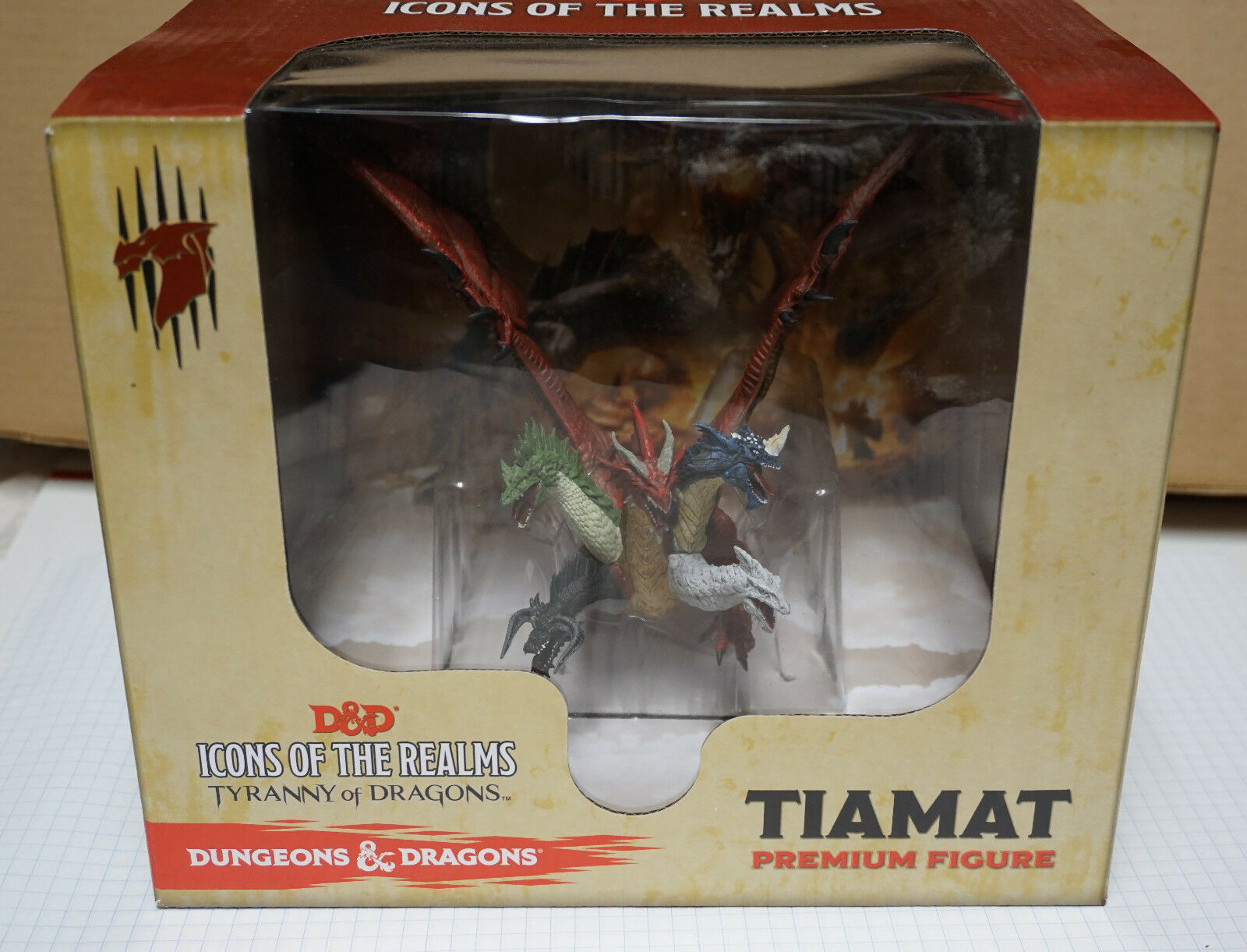 Dungeons Dungeons Dungeons & Dragons Icon of the Realms Premium Figure  Tiamat 63fd99
