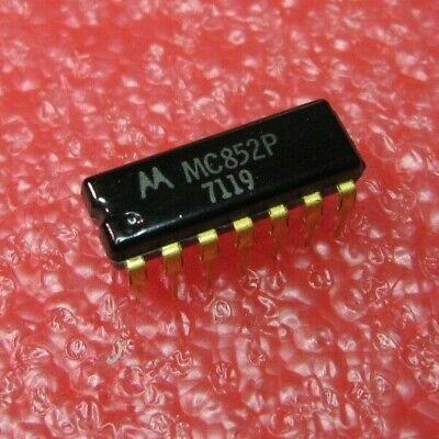 MC852P MOT J-K FLIP-FLOP COMPLEMENTARY OUTPUT PDIP14 1 PC