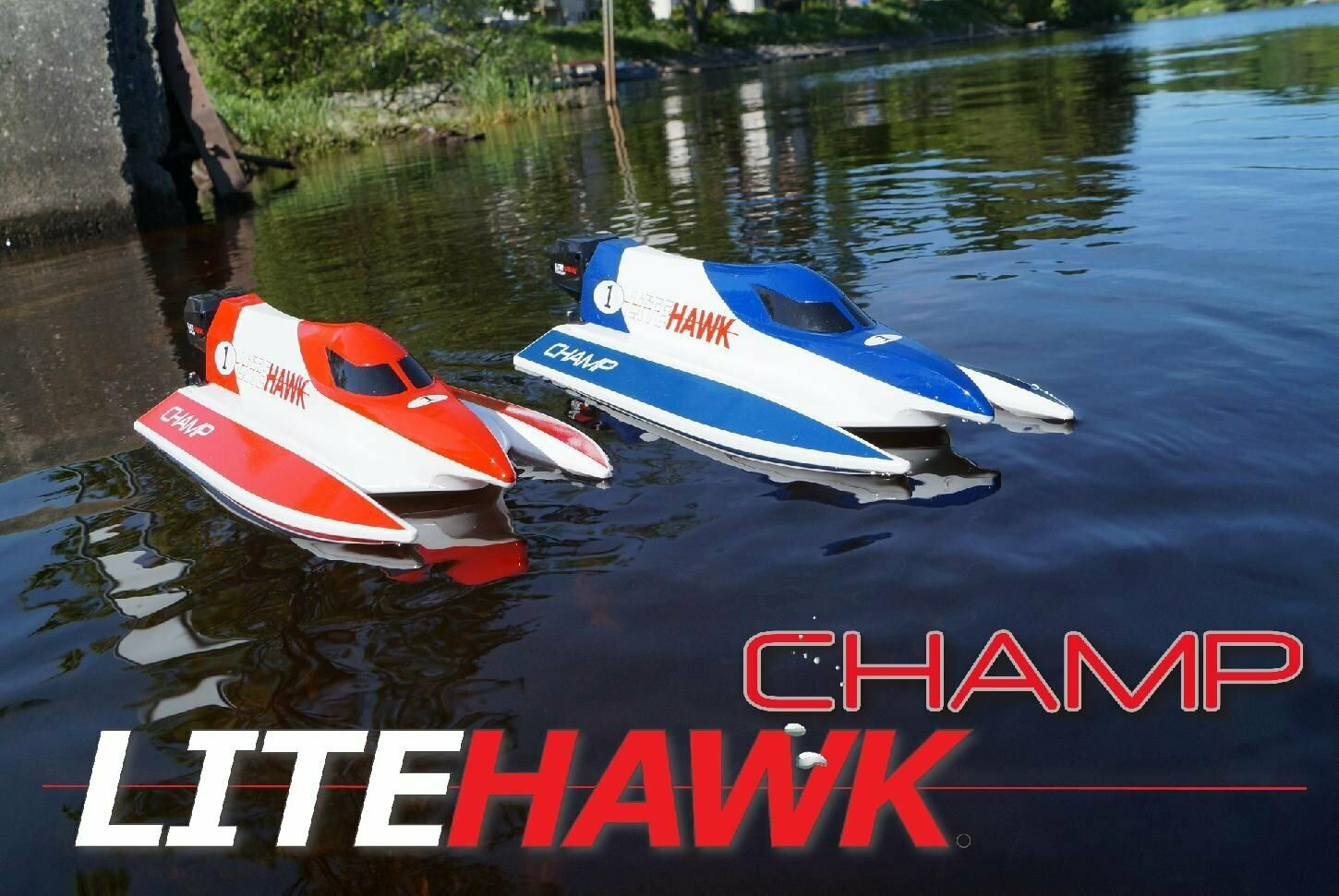 LiteHawk Remote Control Champ Watercraft   285-20002 rosso