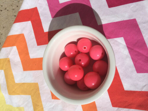 20 Count 20mm Chunky Bubblegum Acrylic Beads Neon Pink