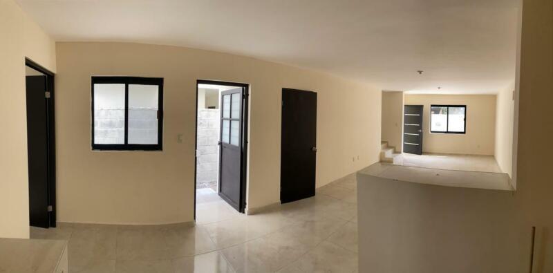 (CERCV21101) Casa en VENTA Col. Laguna de la Puerta. Info:  Cecilia Morris  833 : 120  : 2302  Re...
