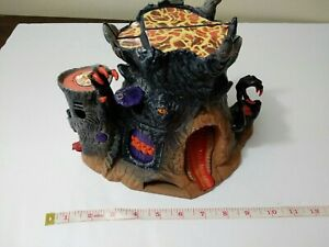 Gormiti-lords-of-nature-fire-mountain-tree-volcano-giochi-playset-toy-rare-2007