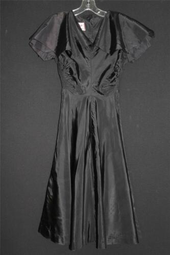RARE VINTAGE 1940'S-1950'S LONG BLACK RAYON TAFFET