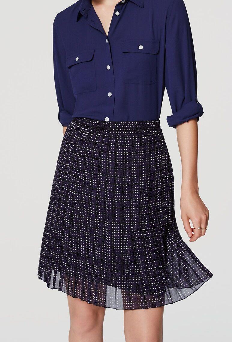 Ann Taylor LOFT Plaid Pleated Skirt Size Large NWT Fresh Navy color