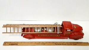 1940-039-s-LINCOLN-Ladder-Truck-Older-Restored-Condition-Canadian
