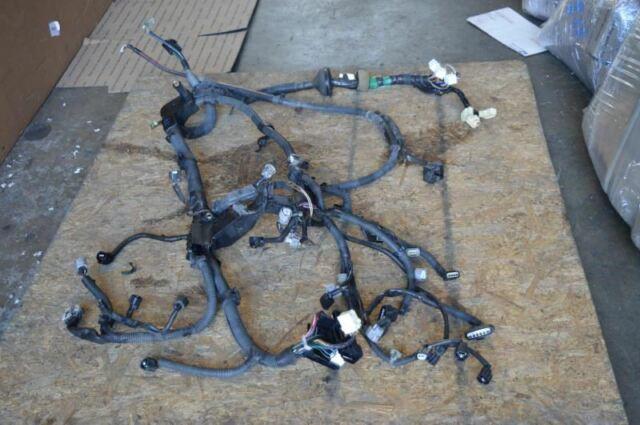 2004 2005 Toyota Rav4 Motor Engine Wiring Harness 82121