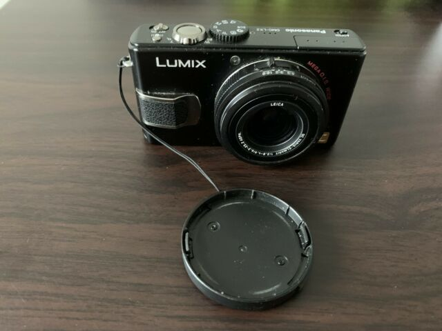 Panasonic LUMIX DMC-LX2 Digital Camera-Black Colour