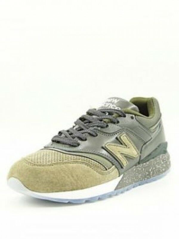 9ff0cfdb4dbac New Balance Mens ML997HBB Olive Green Retro Classic Sneakers Sneakers  Sneakers 997.5 NB size 7.5 D