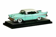 `57 Chevrolet Bel Air Hardtop  Mint-Türkis/weiß 1957 *** M2 Machines 1:24 OVP