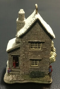 Vintage-Hermosa-Lilliput-Lane-arbol-de-abeto-Cottage-pantalla-obras-maestras-en-miniatura