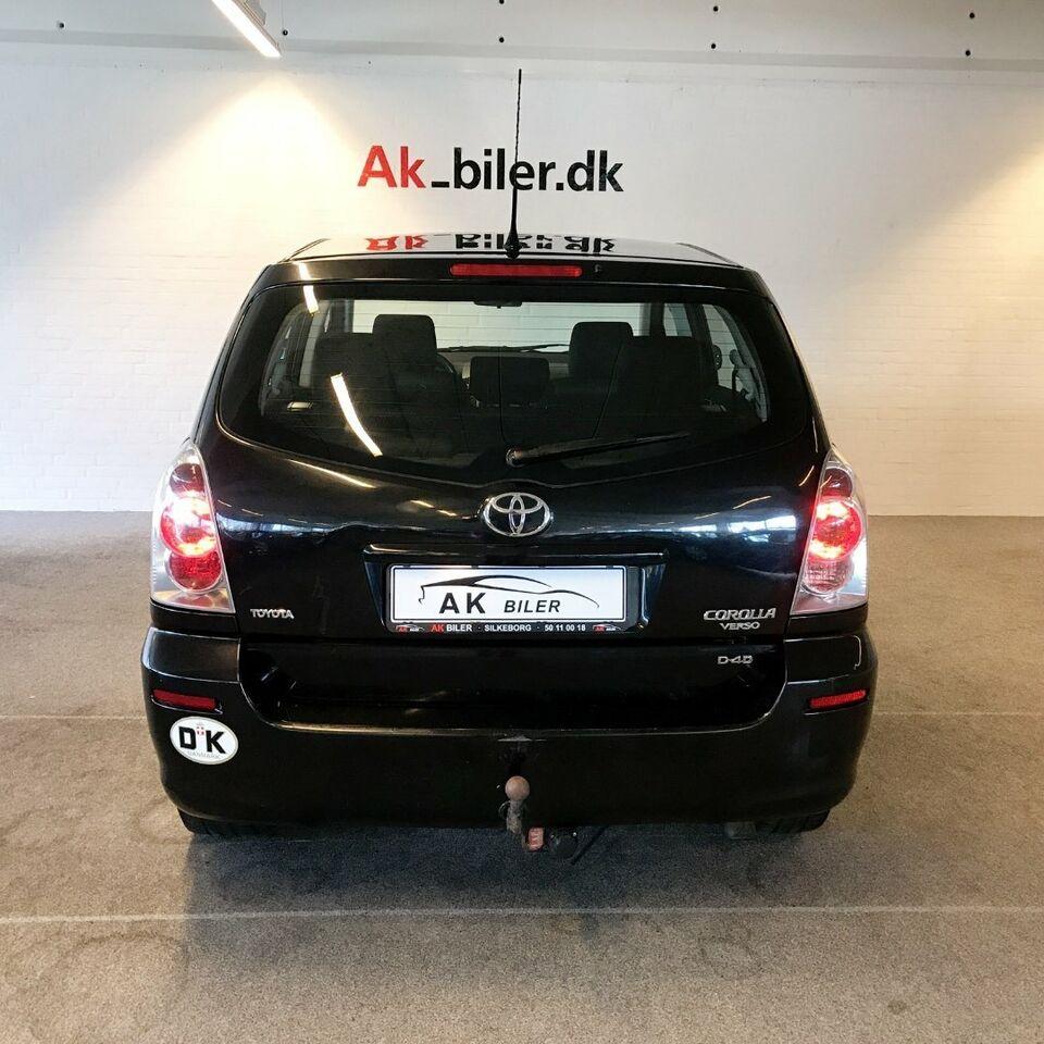 Toyota Corolla Verso 2,2 D-4D Terra 7prs Diesel modelår