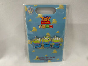 2018-Loungefly-Toy-Story-Land-Grand-Opening-Limited-Release-Pin-3-Aliens-New